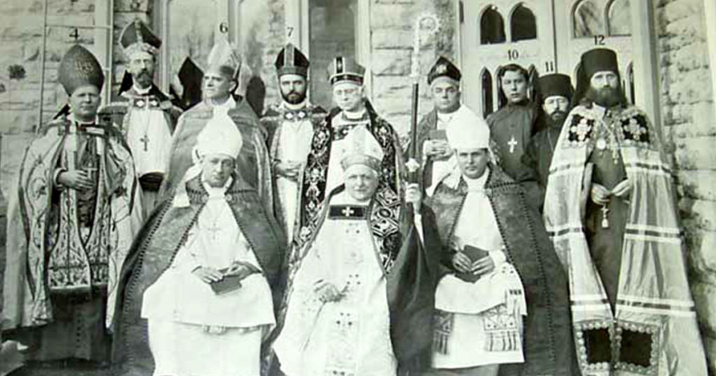 priests from different Catholic churches